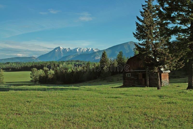 Azienda agricola, valle del fiume Columbia, BC, il Canada fotografie stock