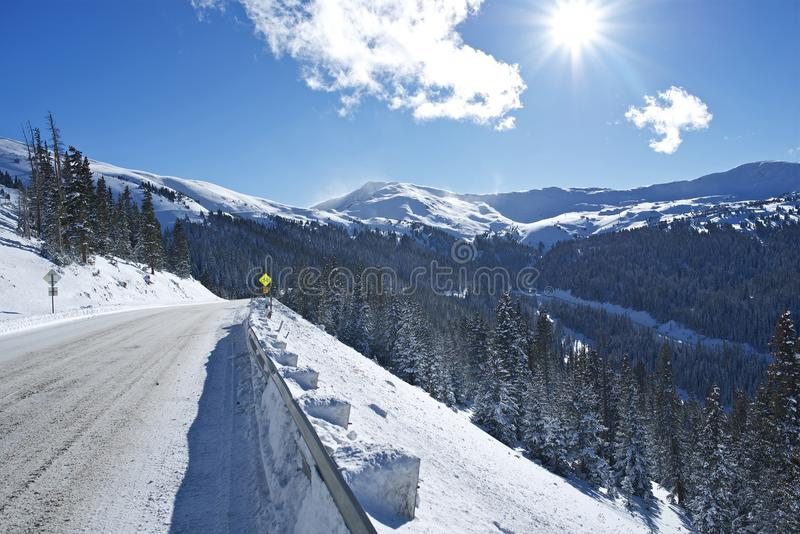 Azionamento di inverno in Colorado immagine stock