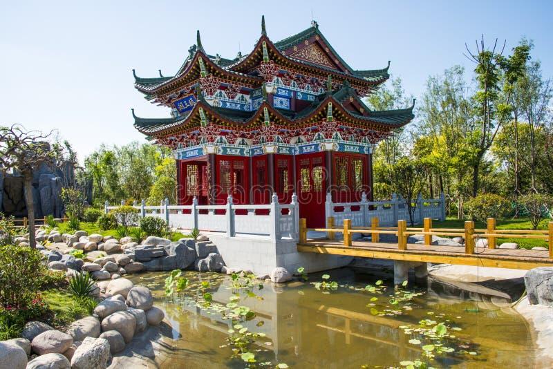 Azja Chiny, Wuqing, Tianjin, Zielony expo, Ogrodowa architektura, Antykwarski budynek, attyk fotografia stock