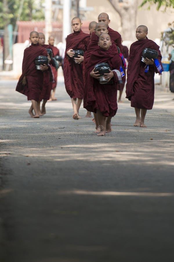 AZJA MYANMAR MANDALAY AMARAPURA MAHA GANAYON KYAUNG monaster obrazy royalty free