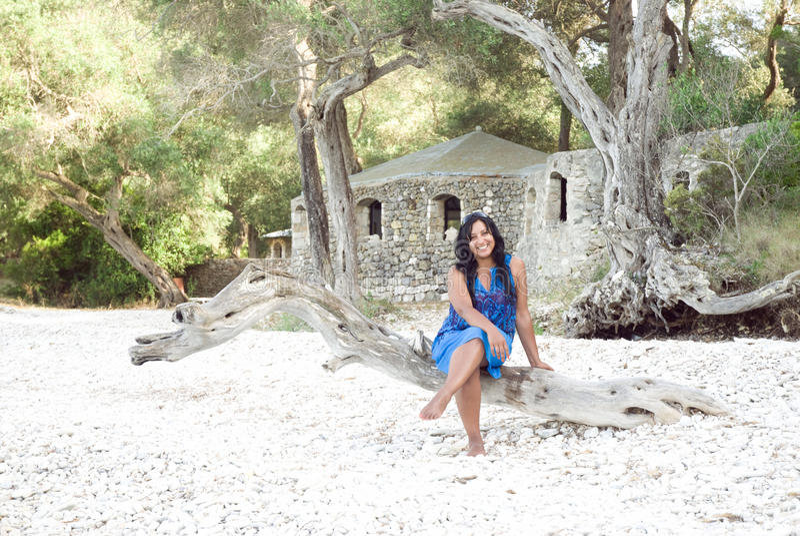 azjata kobieta plażowa szczęśliwa zdjęcia royalty free