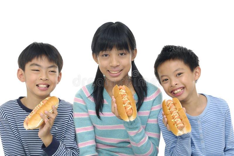 Azjatyccy młodzi przyjaciele fotografia stock