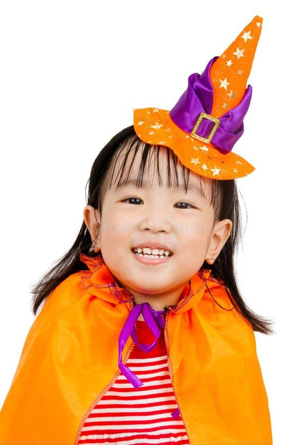Azjatycka Chińska mała dziewczynka świętuje Halloween obraz stock