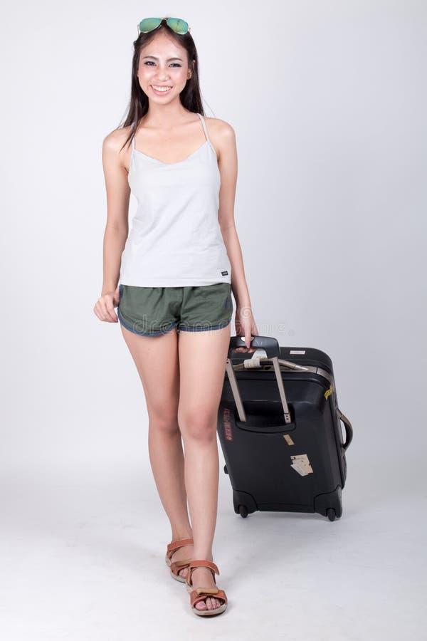 Azjatycka dziewczyna w podróży pojęciu zdjęcie stock
