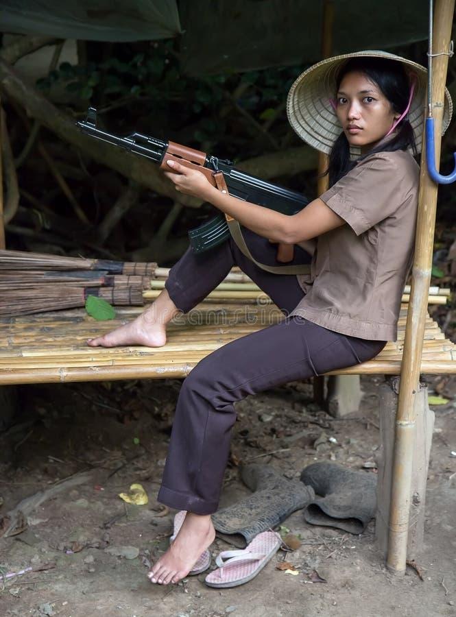 Azjatycka kobieta zbrojąca zdjęcia royalty free