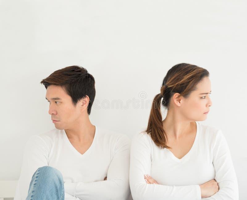 Azjatycka kochanka lub miłości para łama up rozwodowego pojęcie, kochanka zwrot obraz stock