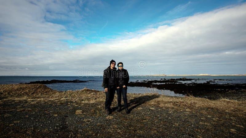 Azjatycka starsza pary podróż wpólnie Europa Piękny mountai zdjęcia stock