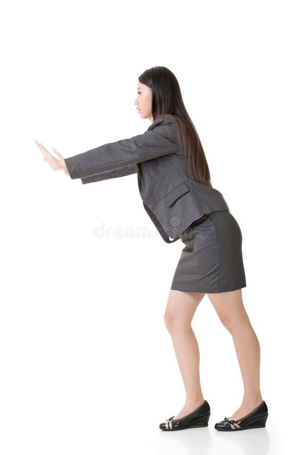 Azjatycki biznesowej kobiety dosunięcie zdjęcia stock