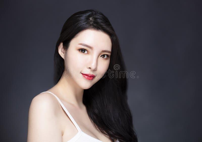 Azjatycki długie włosy i obraz royalty free
