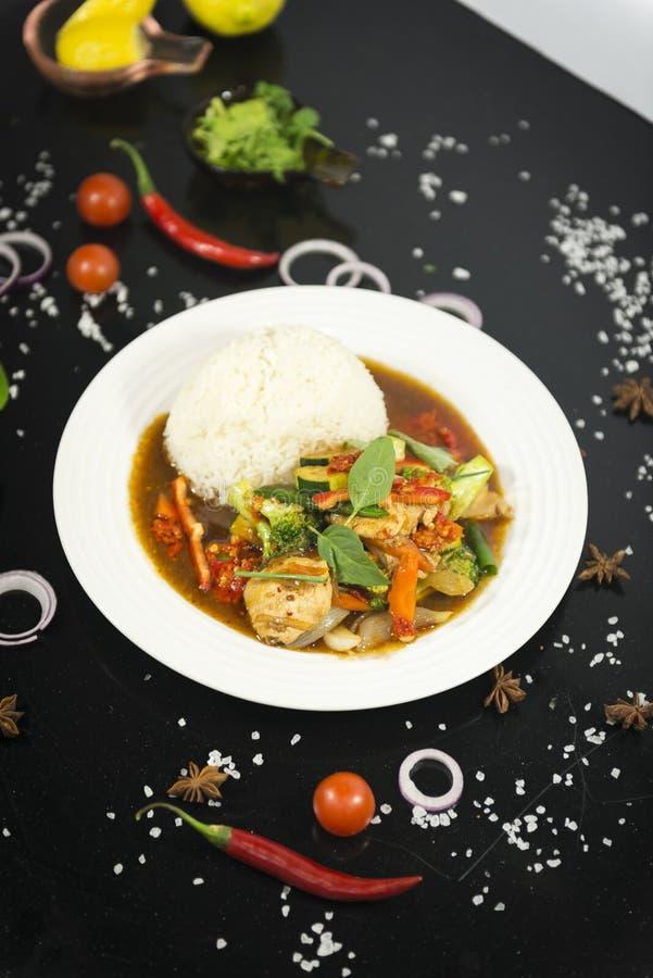 Azjatycki fertanie smażący z ryż fotografia royalty free