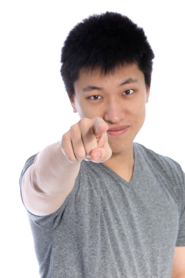 Azjatycki mężczyzna wskazuje accusatory palec zdjęcie stock