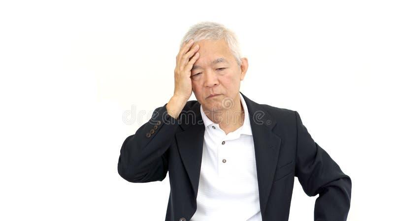 Azjatycki starszy biznesmena zmartwienie, stres i obraz stock