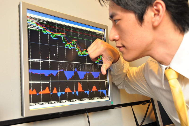 azjatykci interes ludzi ogląda rynku zasobów obraz royalty free