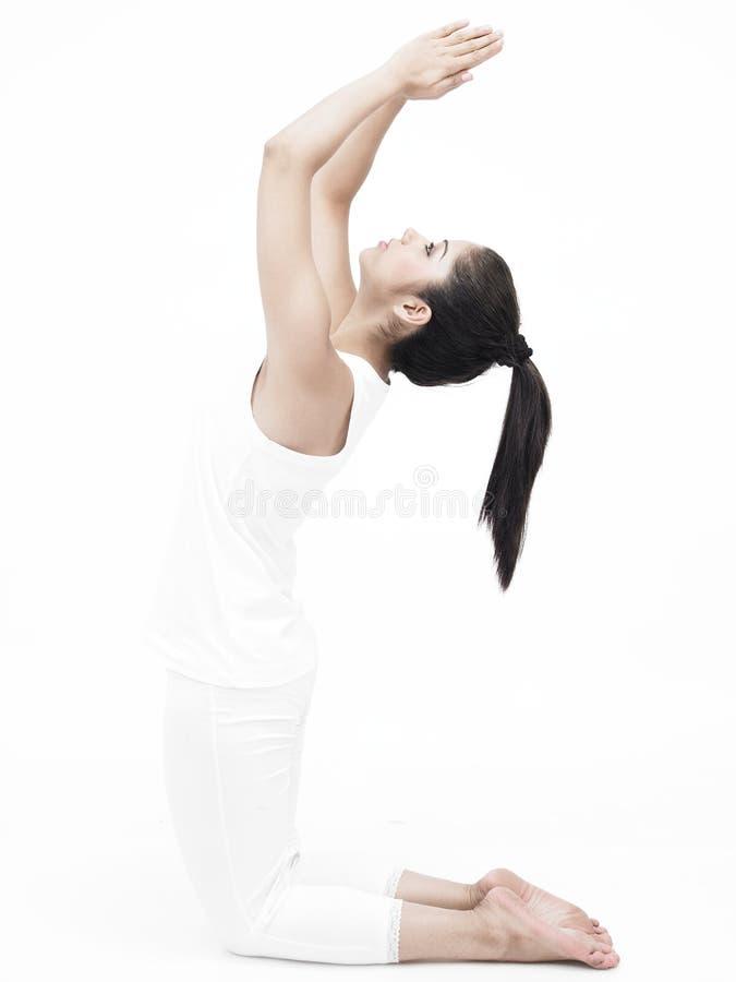 azjatykci robi ćwiczenia damy joga obraz stock