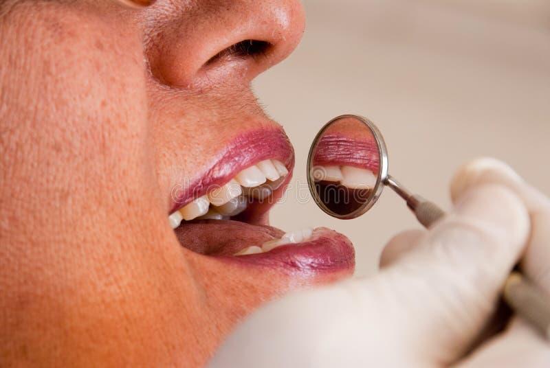 azjatykci stomatologiczny cierpliwy senior fotografia royalty free