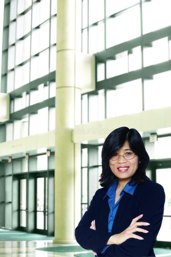 azjatykcia biznesowa ufna kobieta zdjęcia stock