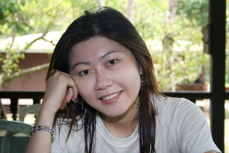 azjatykcia kobieta uśmiechnięta zdjęcia stock