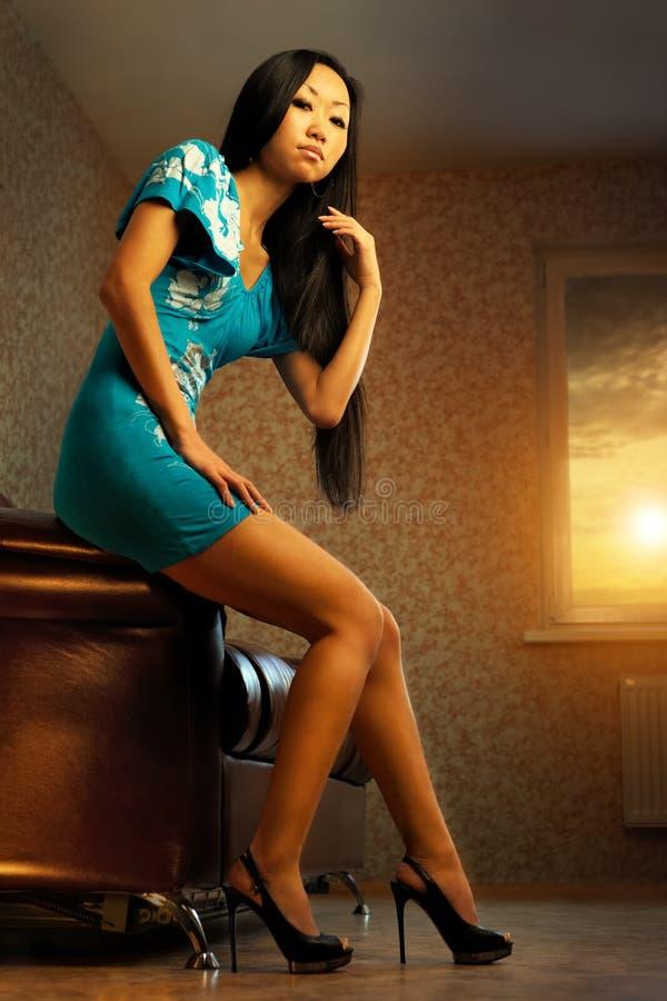 azjatykcia piękna relaksująca kobieta zdjęcie royalty free