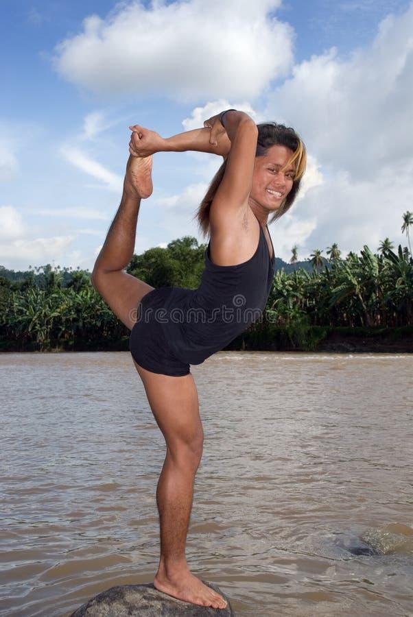 azjatykciego tancerza azjatykcia poza zdjęcia royalty free
