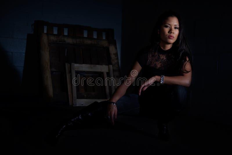 azjatykciej atrakcyjnej wyspiarki pokojowi kobiety potomstwa zdjęcia royalty free