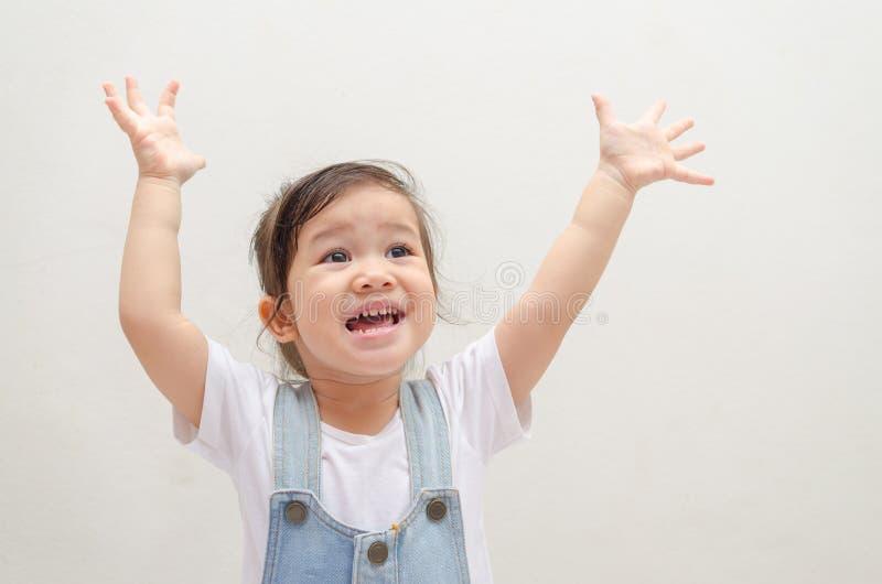 azjatykciej dziewczyny szczęśliwy mały fotografia royalty free