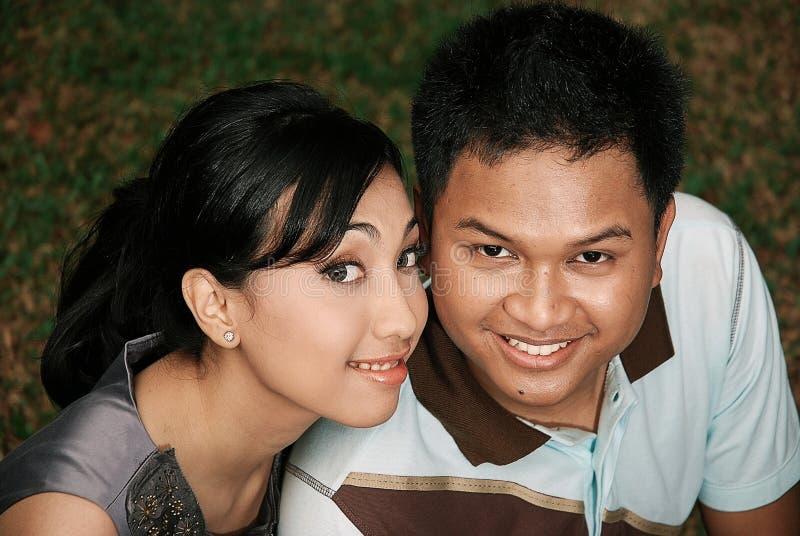 azjatykciej pary szczęśliwi potomstwa zdjęcia royalty free