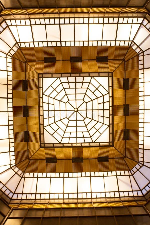 Download Azotea de cristal foto de archivo. Imagen de cielo, azul - 41902850