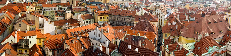 Azoteas rojas de Praga imagen de archivo