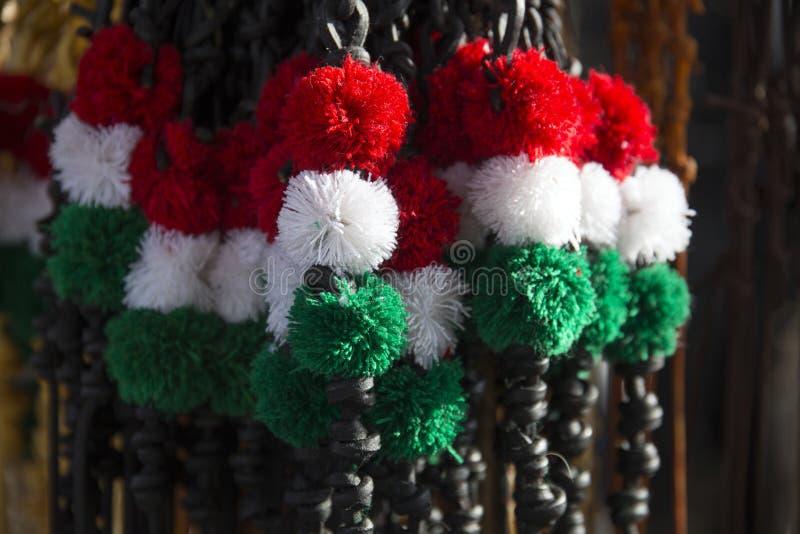 Azotes de lujo del cuero para la venta en colores nacionales húngaros fotografía de archivo libre de regalías