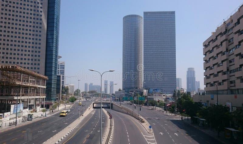 Azrieli Center skyskrapor i Tel Aviv arkivfoton