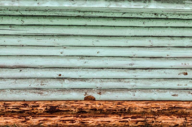 Azul de madeira da parede do log Fundo fotografia de stock