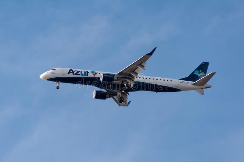 Azul linii lotniczych samolot fotografia stock