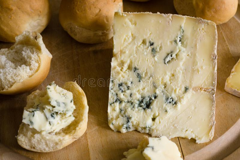 Azul Vinny Cheese de Dorset imagem de stock