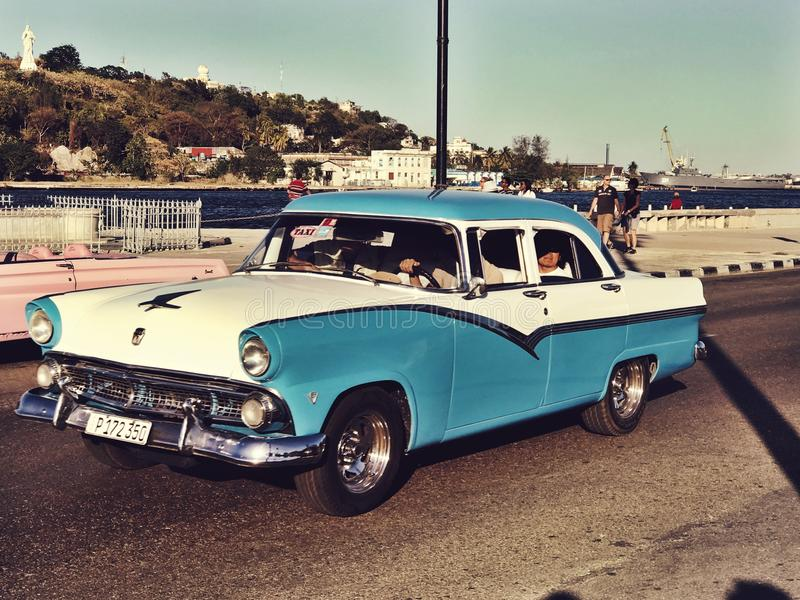 Azul y blanco imagen de archivo
