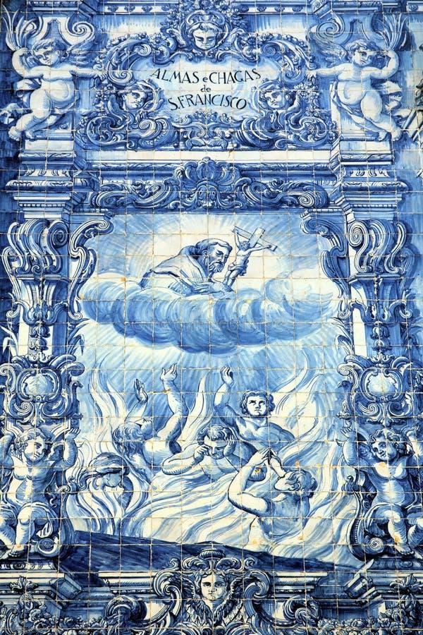 Azulejos на Capela das Almas в Порту, Португалии стоковые фотографии rf