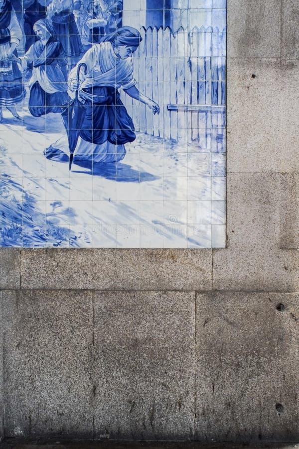 azulejos特写镜头在圣地Bento火车站的在波尔图, Portuga 库存图片
