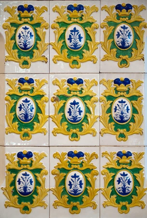 Azulejos antiguos del siglo xvii foto de archivo imagen - Azulejos clasicos ...