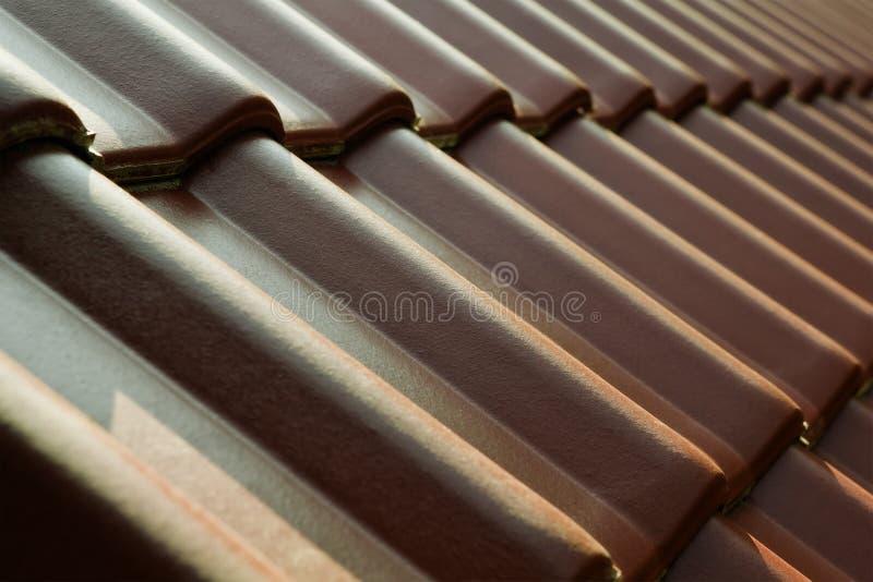 Azulejos de material para techos foto de archivo