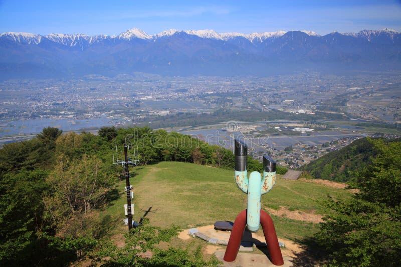 Azumino-Stadt und Japan-Alpen stockbilder