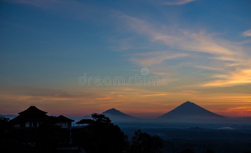 Bâti Batur au lever de soleil photo libre de droits