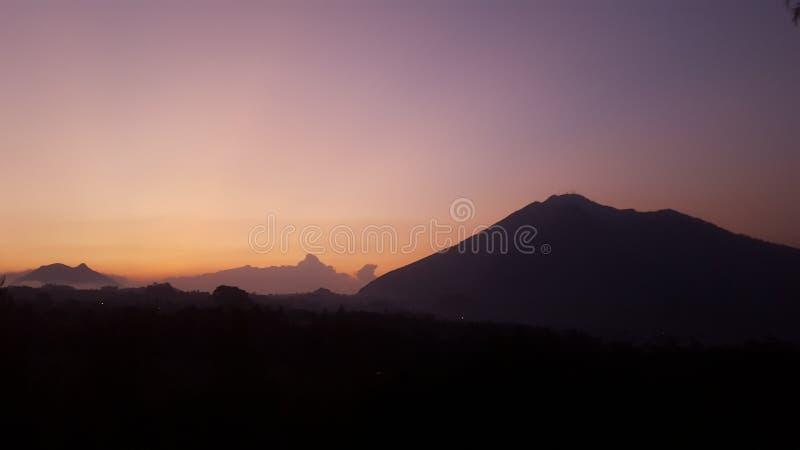 Bâti de coucher du soleil photos libres de droits