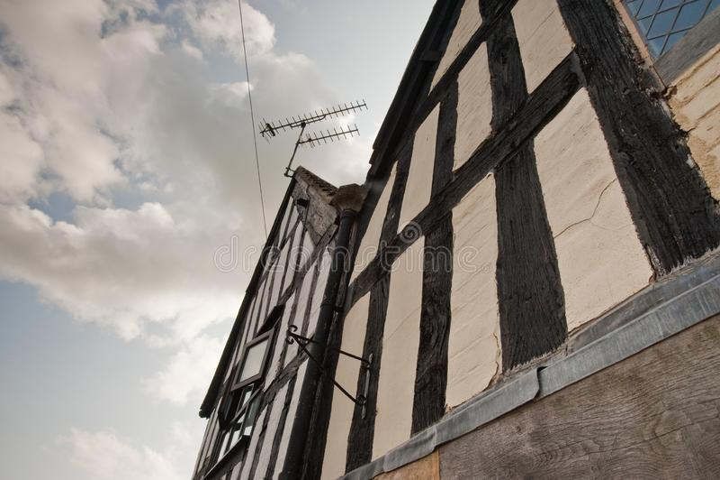 Bâtiment à colombage en Angleterre images libres de droits
