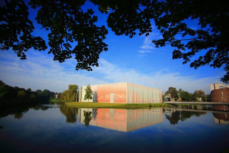 Bâtiment à l'université de Groningue image stock