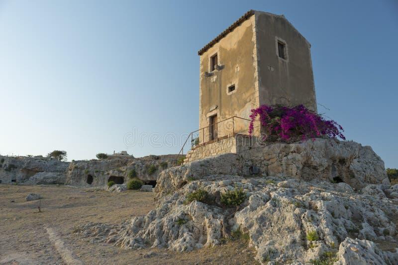 Bâtiment antique sicilien image libre de droits