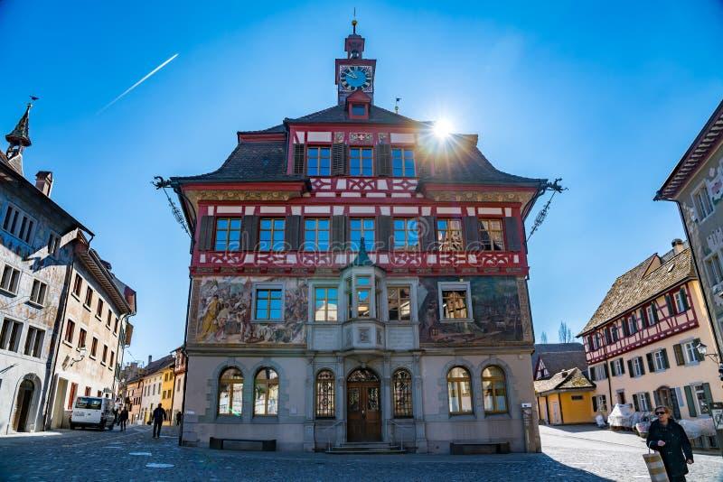 Bâtiment coloré au centre de ville suisse médiéval de vieux Stein Am images libres de droits