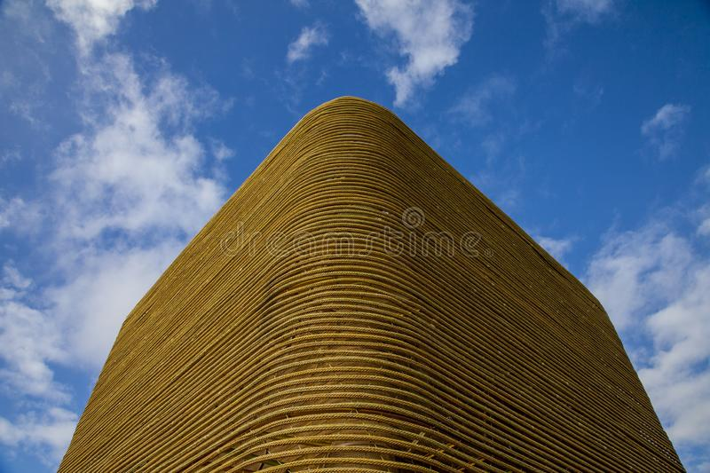 bâtiment cubique de corde photographie stock libre de droits