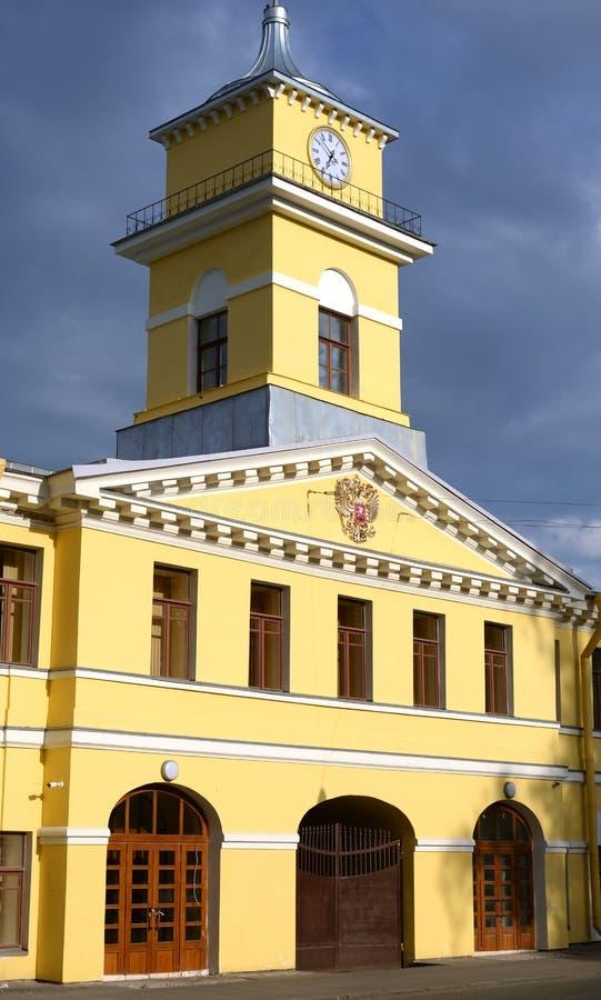 Bâtiment d'usine d'Izhora de direction d'entreprise dans Kolpino images libres de droits