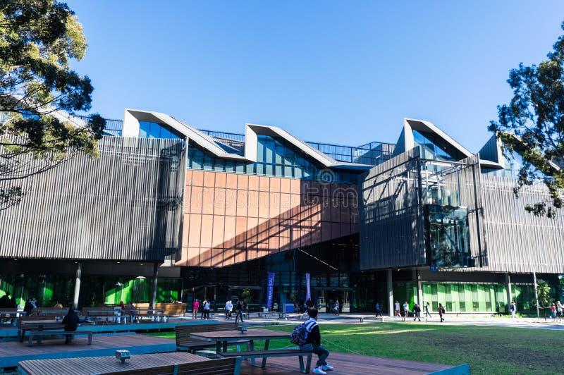 Bâtiment de étude et de enseignement du corps enseignant d'éducation sur le campus de Clayton d'université de Monash photographie stock