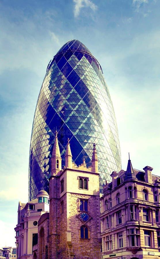 Bâtiment de cornichon, Londres photographie stock libre de droits
