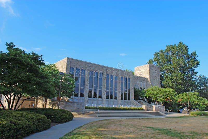 Bâtiment des syndicats d'Atherton sur le campus universitaire de Butler image libre de droits
